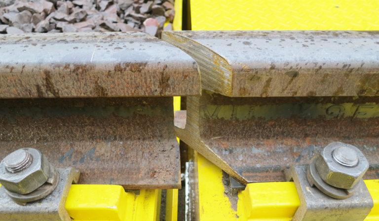 Flintab-03-Gleiswaage-Stahl-Uebergang-Stahlbruecken