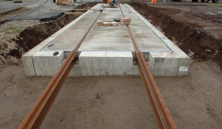 Gleiswaage aus Beton